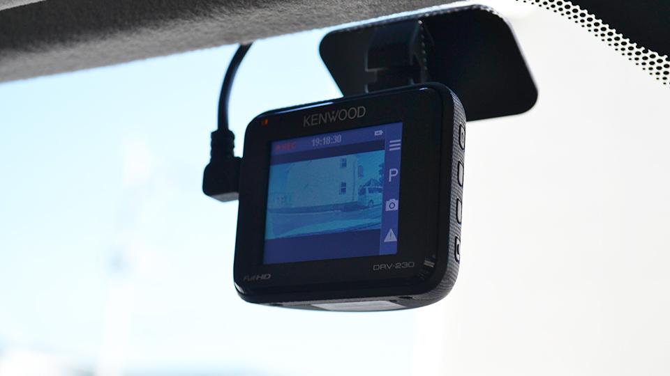 ドライブレコーダー( DRV-230 )の取り付け